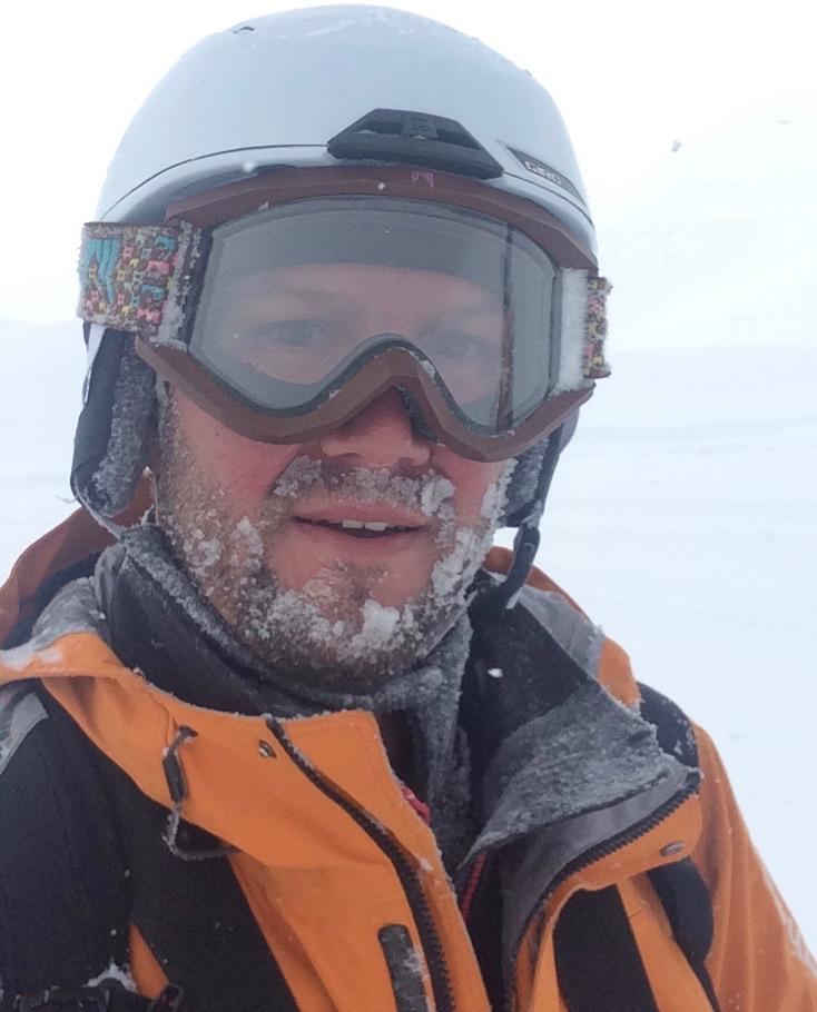 Silvan Büchel Helly Hansen Alive Ski Patroller