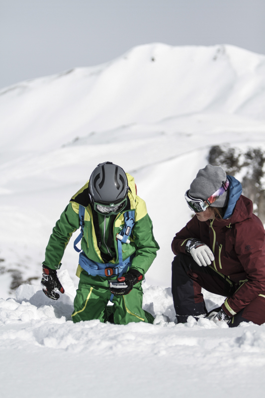 Freeridecamps.at - Safe off the pistes - Safetycamps for kids