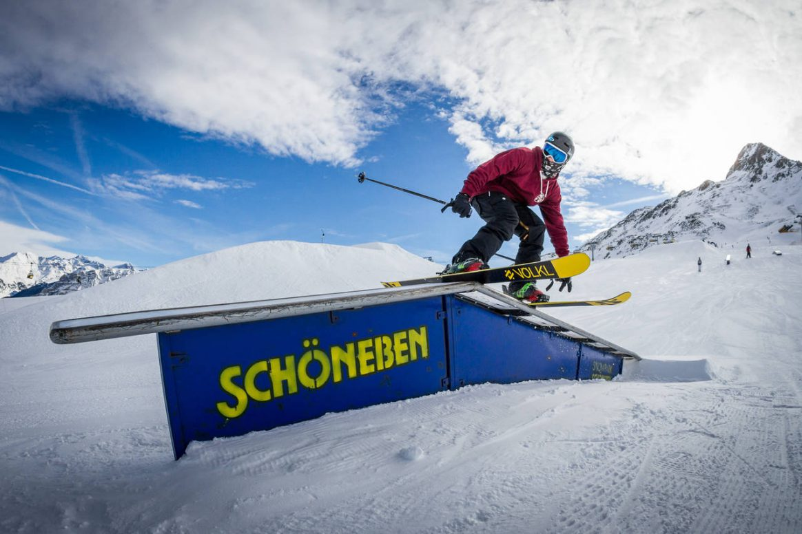 Michi Tschallener at the QParks Tour at Snowpark Schoeneben captured by Felix Pirker