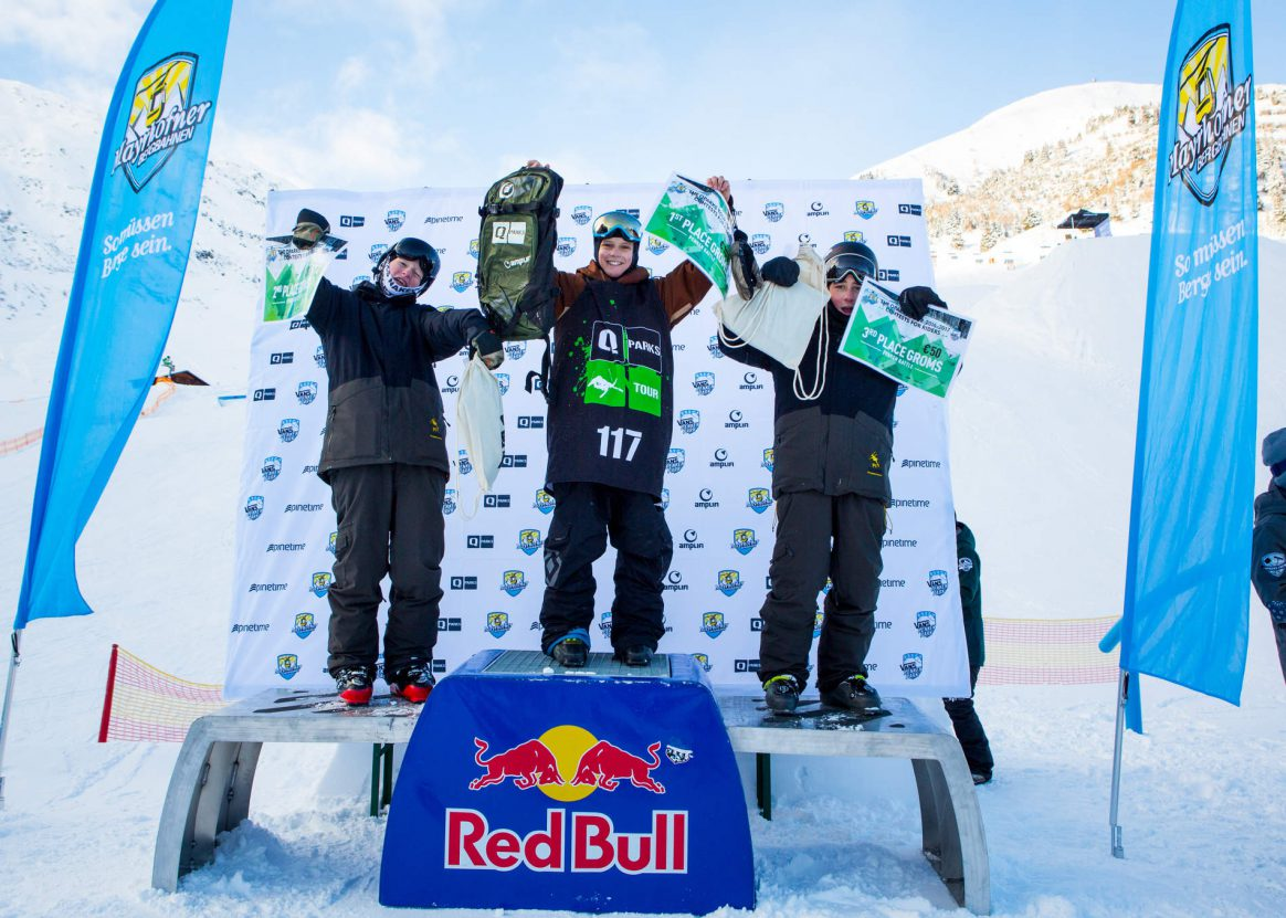 Women podium at the QParks Freeski Tour Penken Battle captured by Patrick Steiner