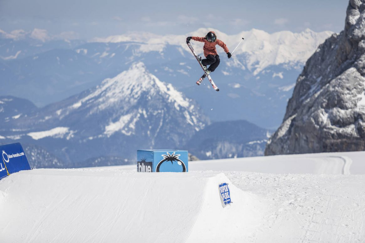 Girls and Boys alike will throw down and battle for the 2017 Qparks Freeski Tour overall champion