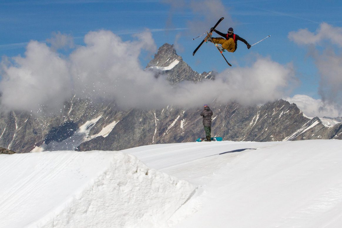 Guillaume Schutz, Rodeo 7 safety, Zermatt summer snowpark, Downdays spot check, Ethan Stone