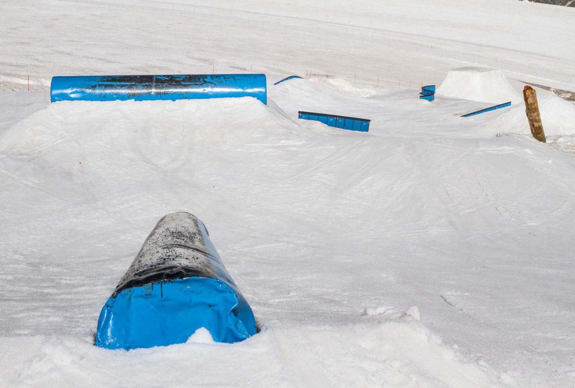 Zermatt summer snowpark, rail setup, Downdays, Ethan Stone