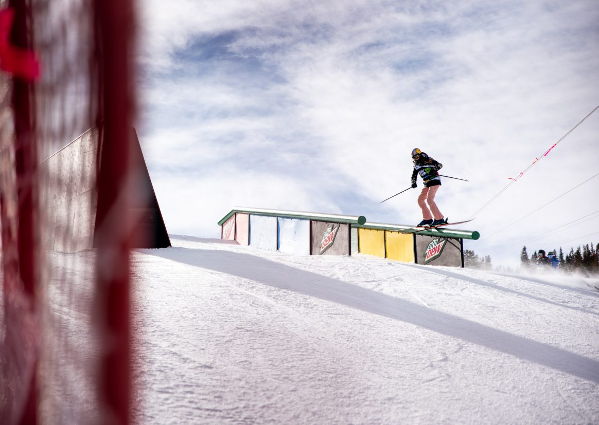 Kelly Sildaru wins the Dew Tour women's ski slopestyle event.