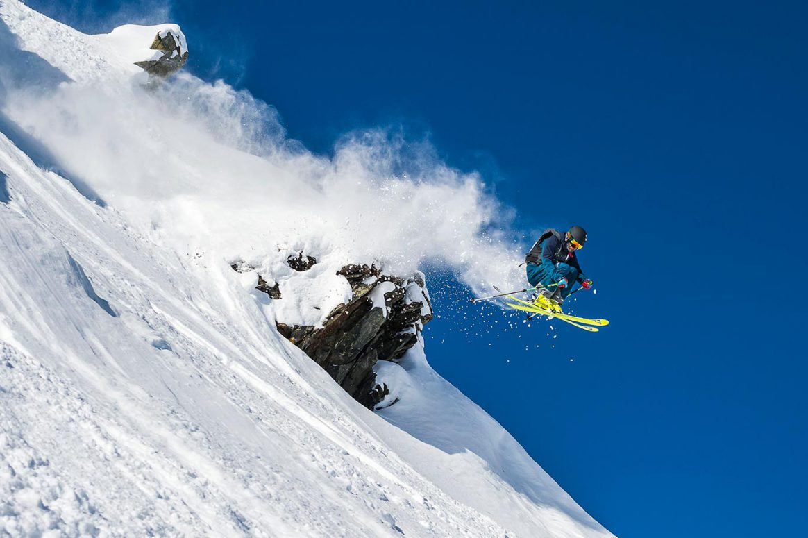 WEB-Axamer-Lizum_Freeride-Skiing_Action_05_TVB-Innsbruck_Klaus-Polzer
